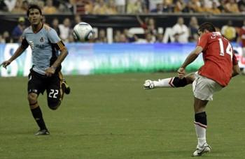 Javier Hernandez, Wilman Conde