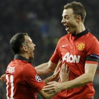 Ryan Giggs Jonny Evans Manchester United