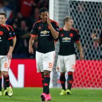 PSV-Eindhoven-vs-Manchester-United (1)